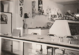 Question Mark Store the lunch counter 1949 photo credit - Patsy Ormond